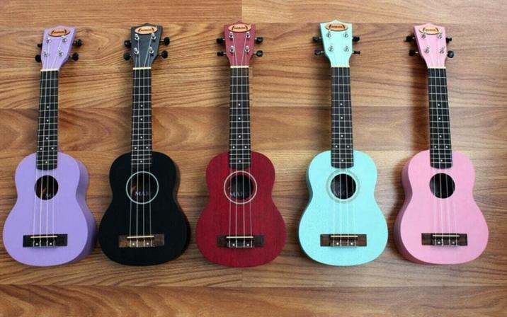 Gitar-Ukulele-Soprano