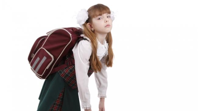 Ingat aturan 10 untuk mengisi tas anak wartakesehatan.com