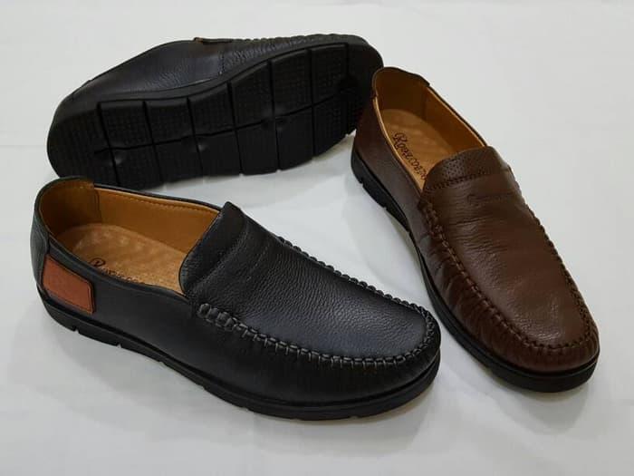 Salah satu merk sepatu terbaik Royal Cobbler tokopedia.com