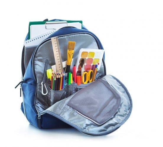 Tas banyak saku dan slot bisa menjadi pilihan untuk anak bpguide.id